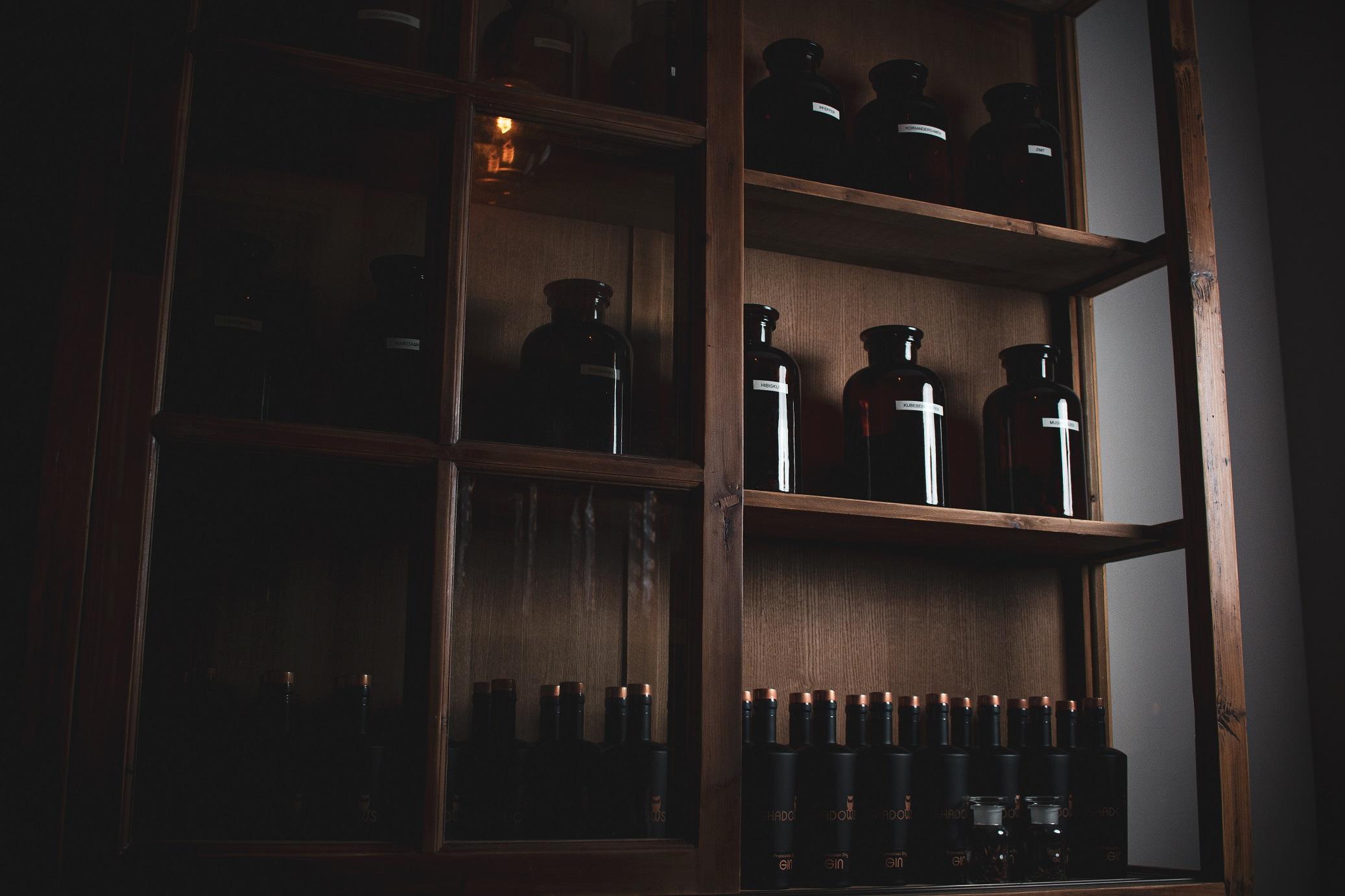 SHADOWS Franconian Dry Gin, Gin aus Franken